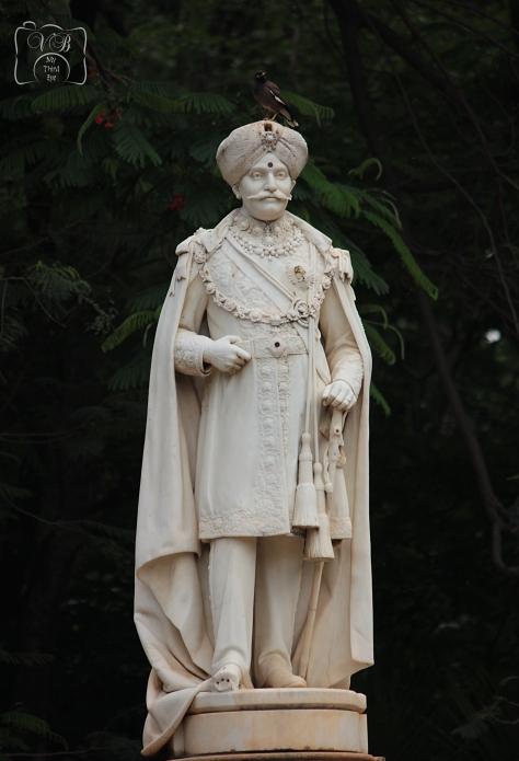 Statue of Maharaja Chamarajendra Wodeyar.