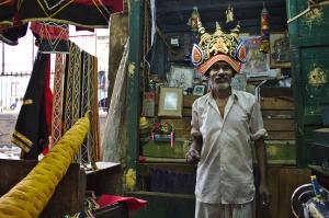 சுடலைமாடசாமி பக்தர்கள் அணியும் குல்லா...
